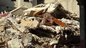 Von den Kämpfen zerstörte Gebäude in Harasta.