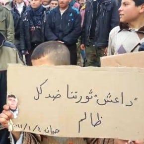 """""""Da3ech,"""" - Protest gegen ISIS in Hayan, 03.01.2014."""