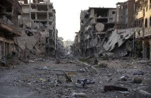 Zerstörte Stadtteile von Deir ez Zpr. Die Menschen in der Stadt sind belagert von zwei Diktaturen: dem Assad-Regime und dem ISIS-Terrorregime.