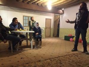 """Generalprobe des neuen Stücks """"Arabisches Fest der Freiheit"""" im Dezember 2015."""