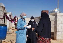 Aufklärung über das Cotona-Virus in einem Flüchtlingslager in Idlib